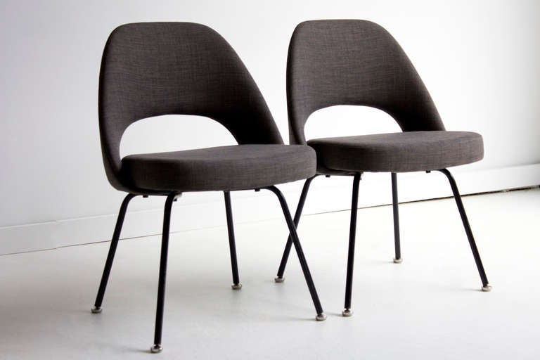 eero saarinen side chairs for knoll international at 1stdibs