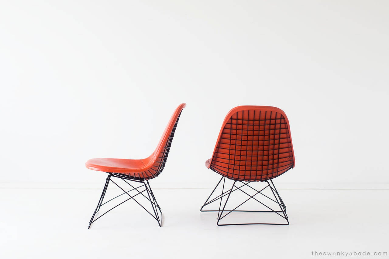 Mid-Century Modern Ray and Charles Eames LKR-1 Lounge Chairs for Herman Miller For Sale