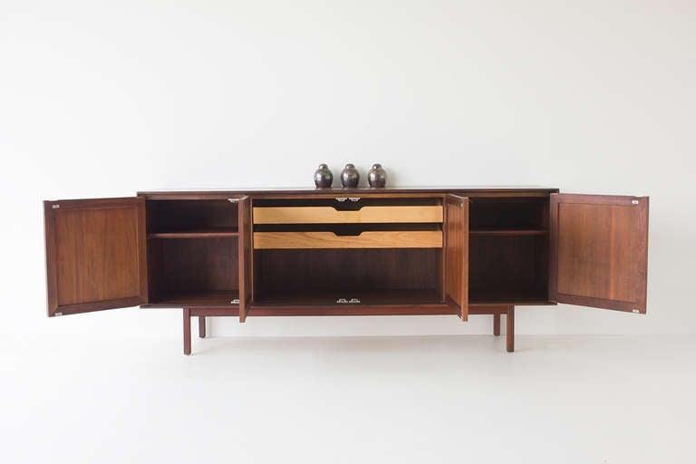 florence knoll credenza for knoll at 1stdibs. Black Bedroom Furniture Sets. Home Design Ideas