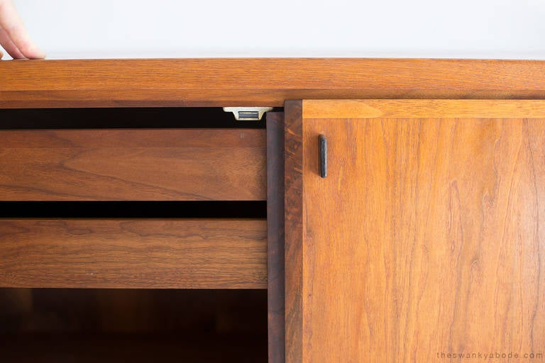 Mid-Century Walnut Credenza For Sale 2