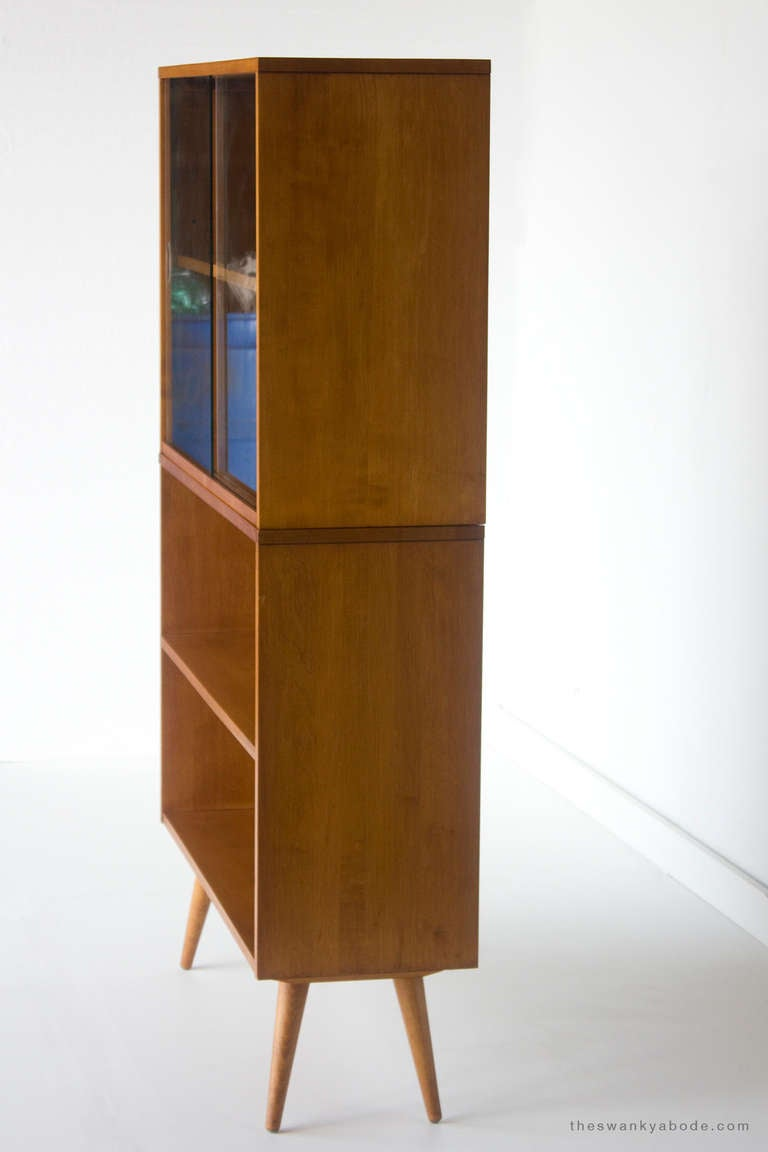paul mccobb bookcase for winchendon planner group series at 1stdibs. Black Bedroom Furniture Sets. Home Design Ideas