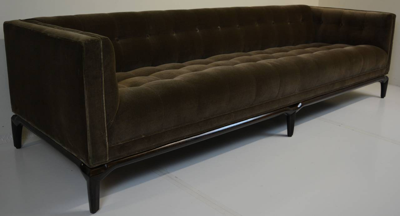 biscuit tufted sofa by maurice bailey for monteverdi young leather chair design classic our house designs leather chair