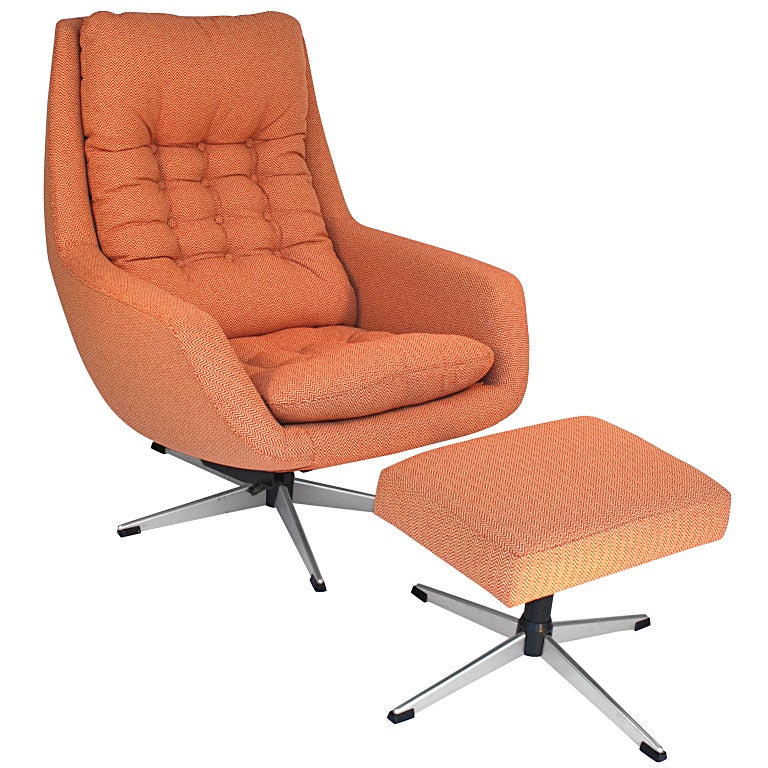 Swivel Lounge Chair And Ottoman By Selig At 1stdibs