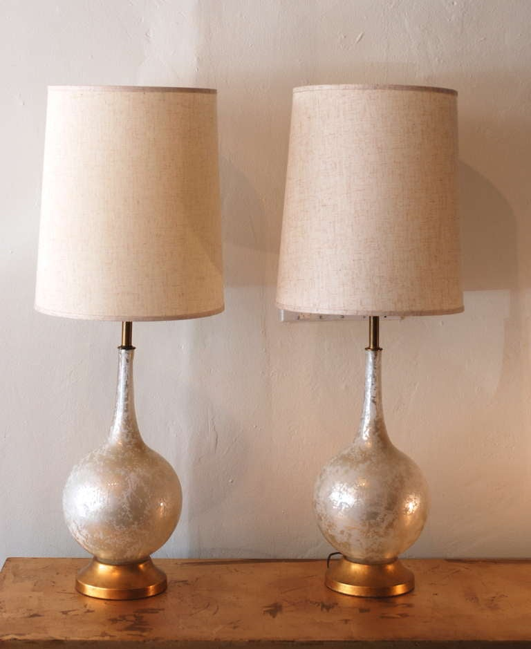 pair of white and gold crackle glass table lamps at 1stdibs. Black Bedroom Furniture Sets. Home Design Ideas