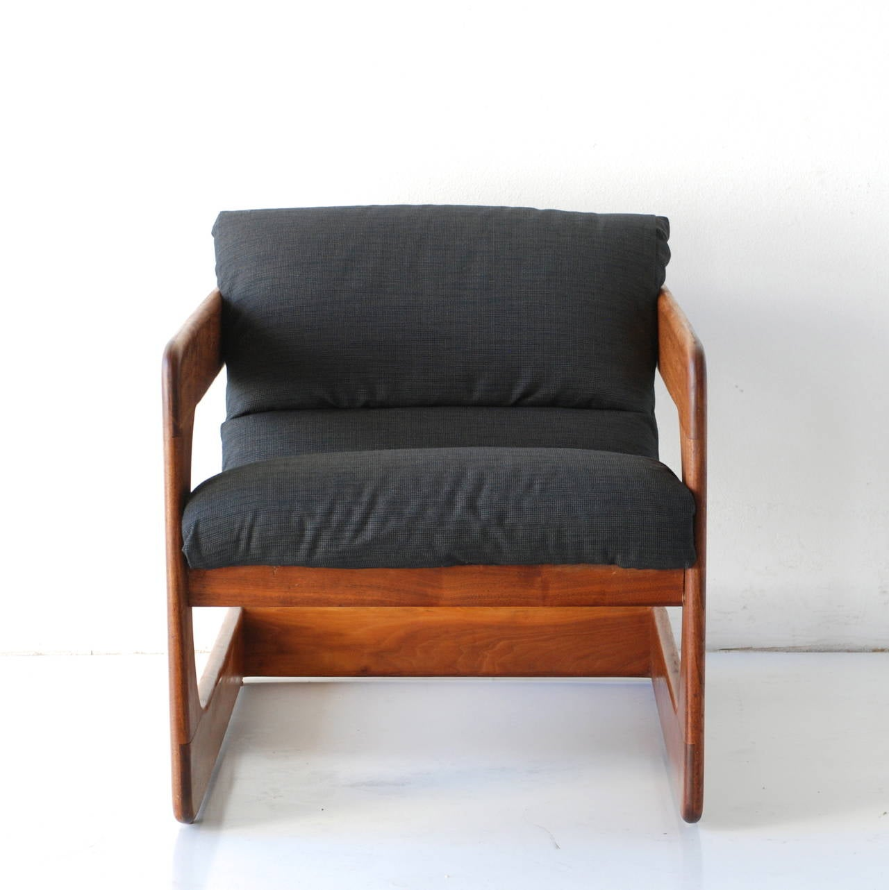 Modern sling chairs - Pair Of Sculptural California Modern Walnut Sling Lounge Chairs By Lou Hodges 3