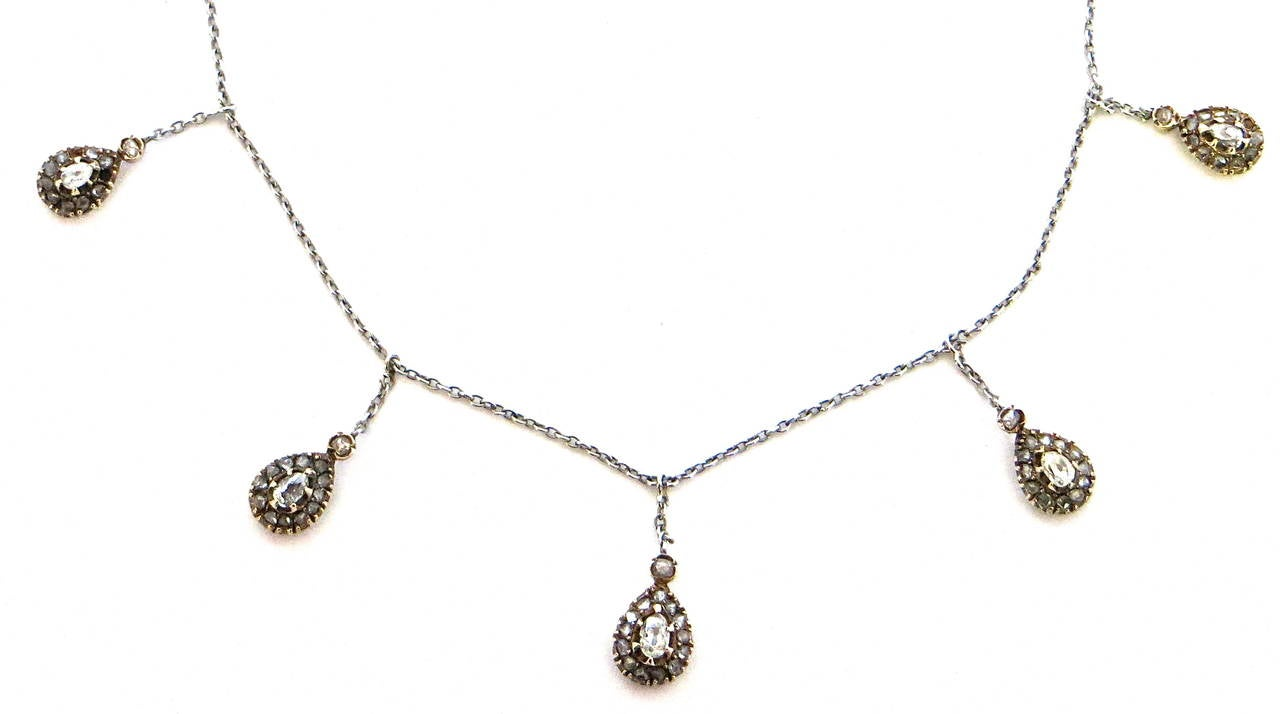 Diamond and Gold Victorian Necklace, circa 1895 For Sale 3