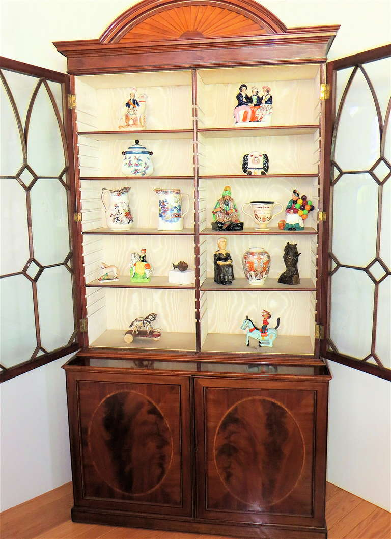 George III Mahogany Bookcase, circa 1785 In Good Condition For Sale In Incline Village, NV