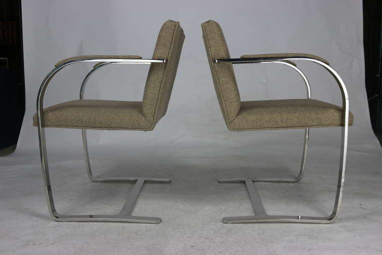 Bauhaus Pair Mies 'Brno' Arm Chairs Flat Bar-Harris Tweed Fabric-Brueton Labels For Sale