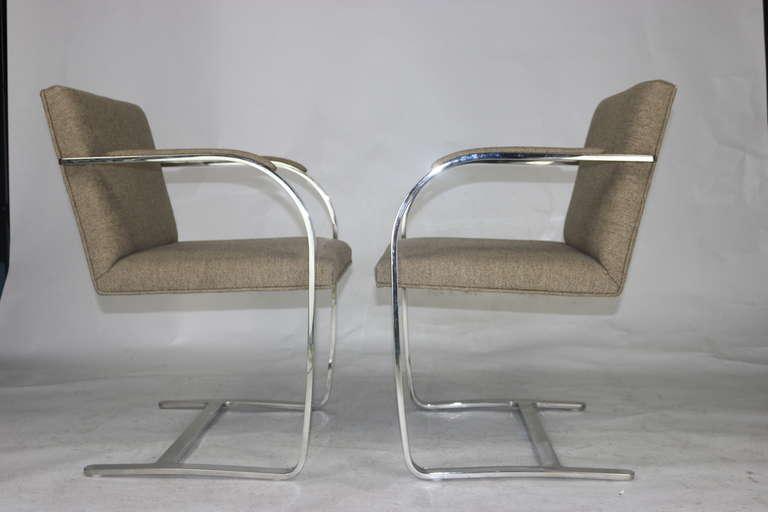 Mid-20th Century Pair Mies 'Brno' Arm Chairs Flat Bar-Harris Tweed Fabric-Brueton Labels For Sale