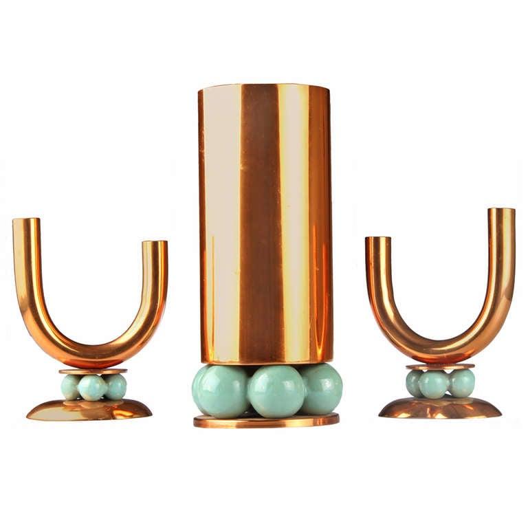 moderne royal hickman vase and candlesticks at 1stdibs. Black Bedroom Furniture Sets. Home Design Ideas