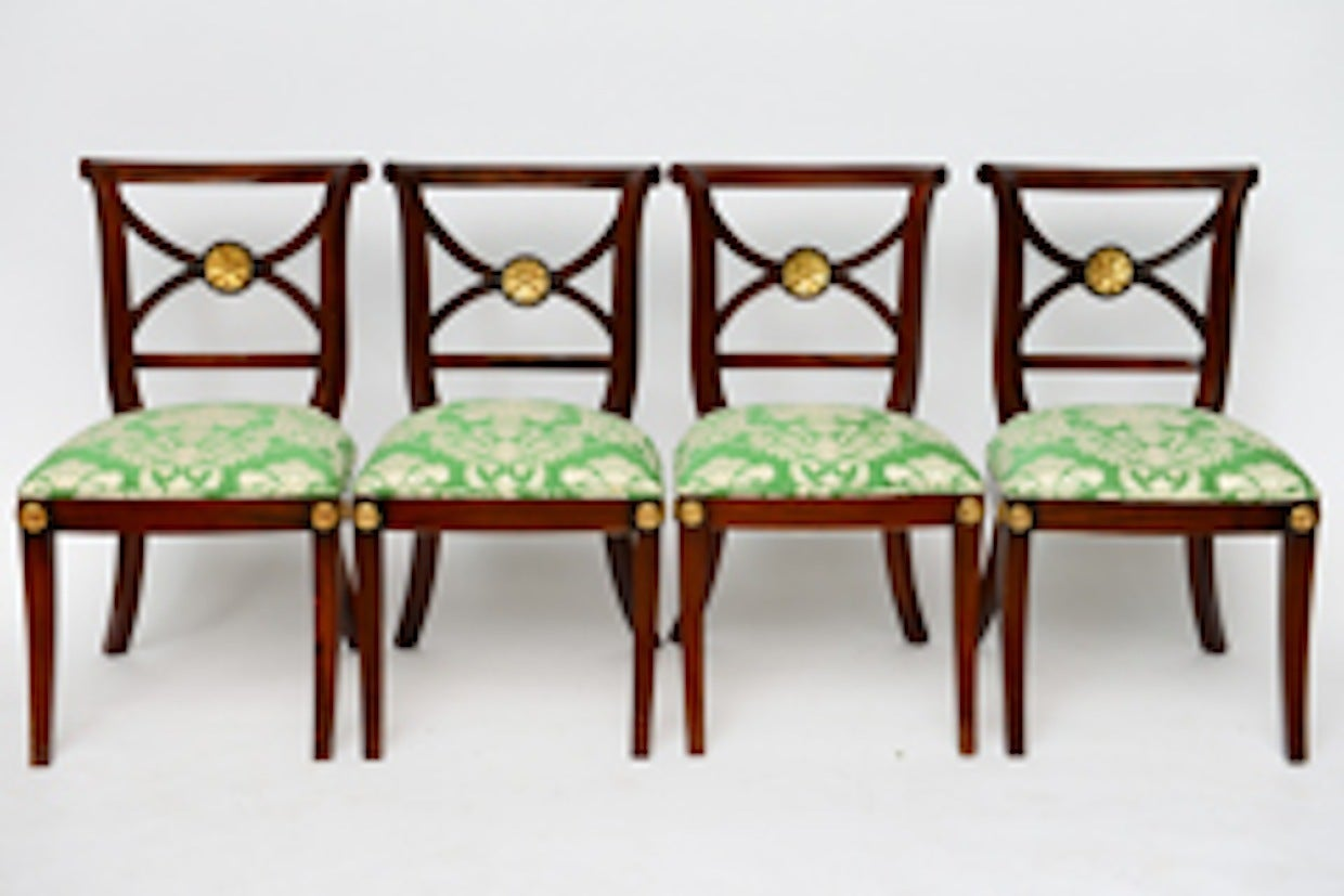 English Elegant Regency Klismos Dining Chairs, Highly Carved Gilt Details, 19th Century For Sale