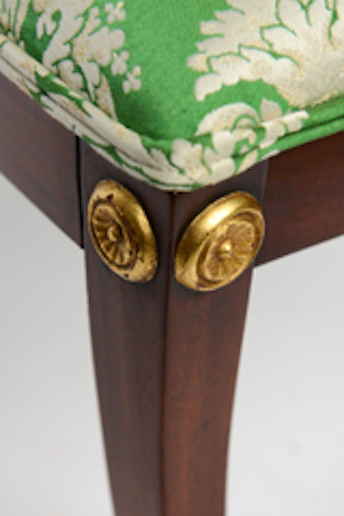 Elegant Regency Klismos Dining Chairs, Highly Carved Gilt Details, 19th Century For Sale 5