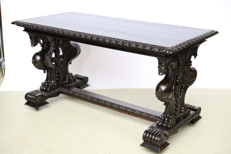 Important Grand Estate English Ebony Console Table Desk. 19th century In Good Condition For Sale In West Palm Beach, FL