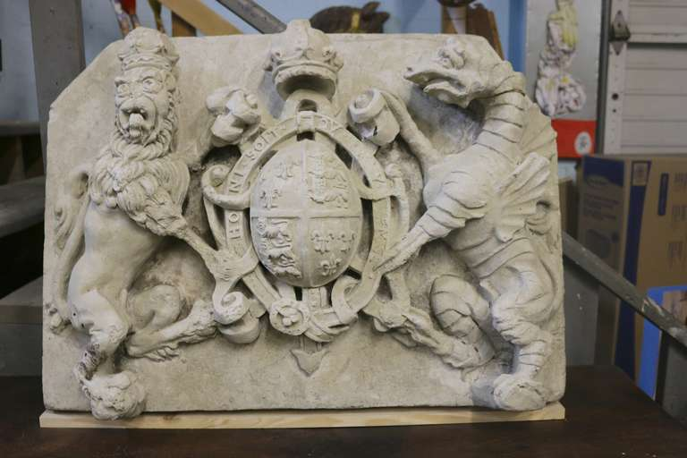Architectural Building Elements : Royal british coat of arms cast stone armorial building