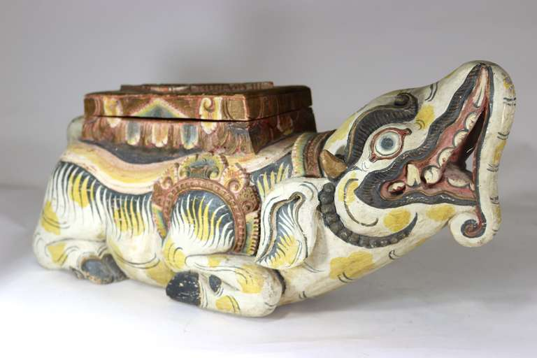 Large Indonesian Carved Colorful Wood Mythical Animal Figural Box In Good Condition For Sale In West Palm Beach, FL