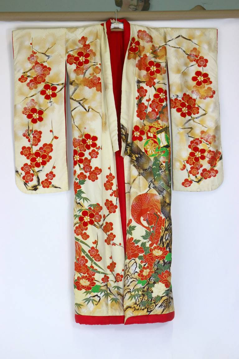 Vintage Japanese Silk Wedding Kimono Embroidered With Gold And Story Flower Chrysantemum 2 Beautiful Formal Uchikake Dating To The Mid 20th Century Dazzling Heavy