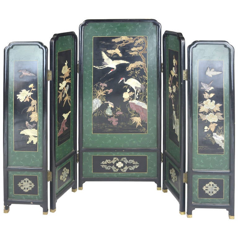 Edo Period Rare Superb Japanese Lacquer Screen with Hardstone Inlay