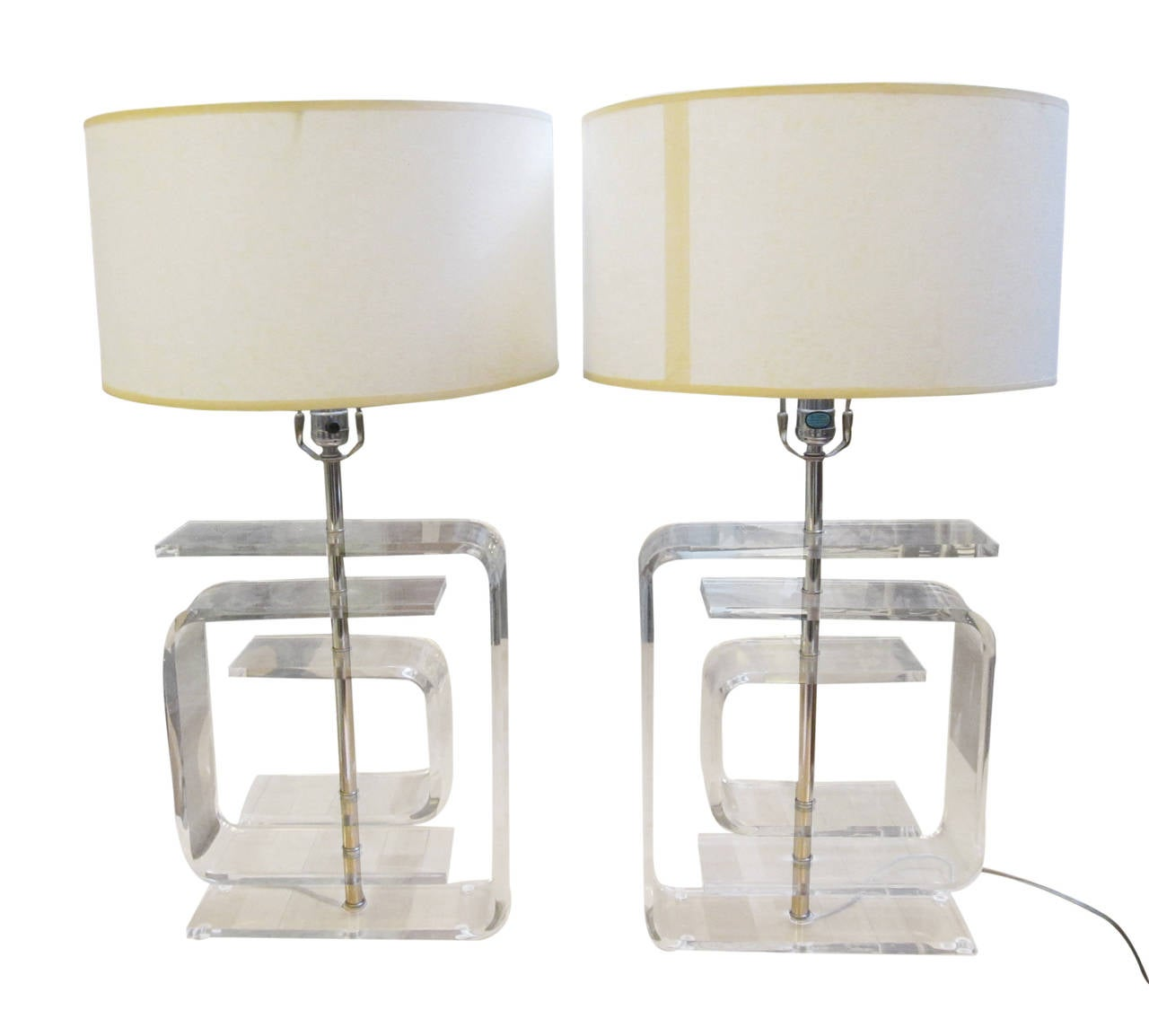 this pair of mid century modern lucite table lamps is no longer. Black Bedroom Furniture Sets. Home Design Ideas
