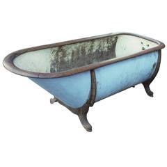 Late 1800s Zinc and Cast Iron Bathtub with Oak Trim from Lowa