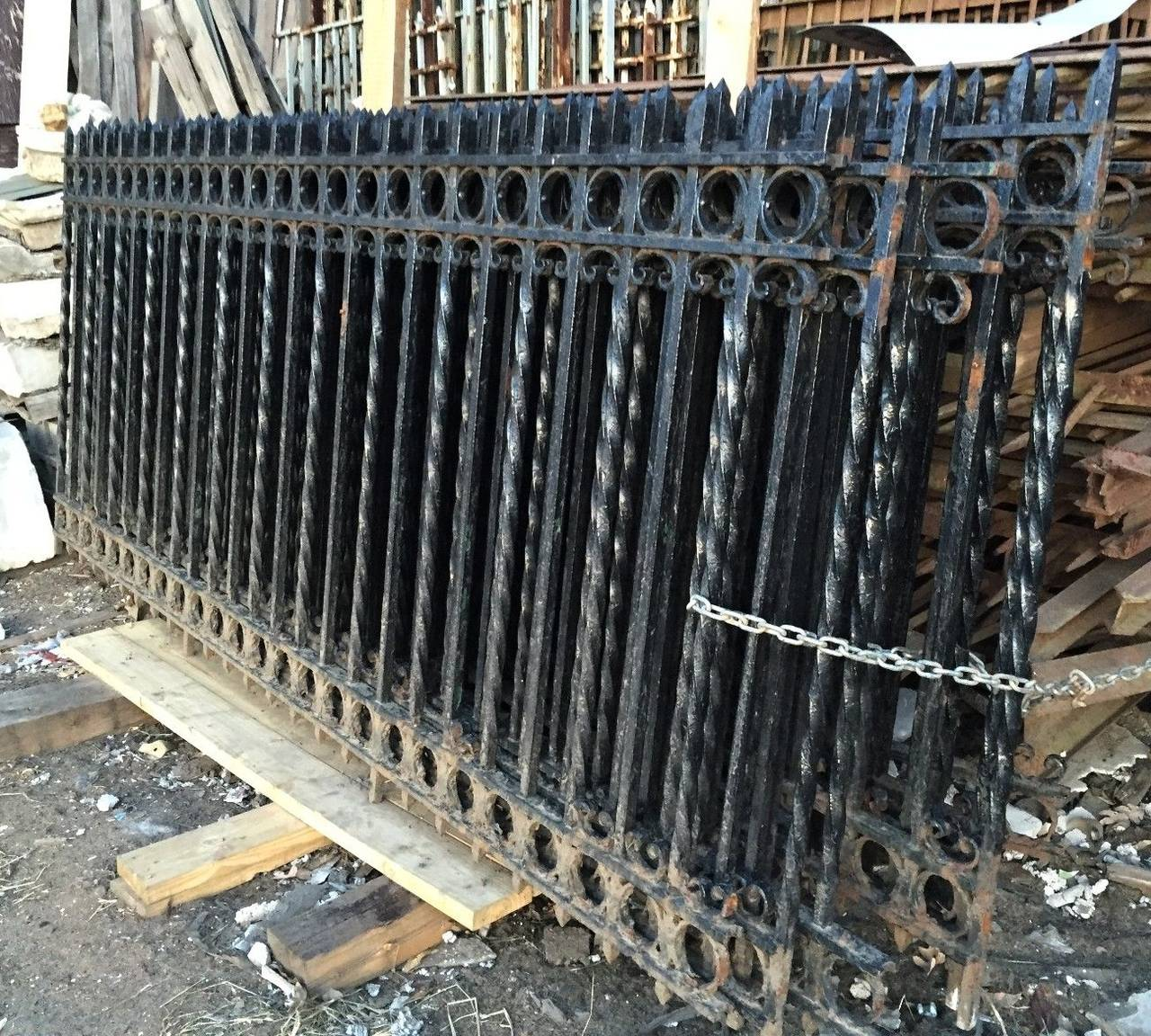 S church cast iron fencing gates and posts from
