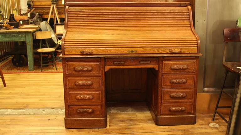 Antique Oak Roll Top Desk With Raised Panels S Roll Style