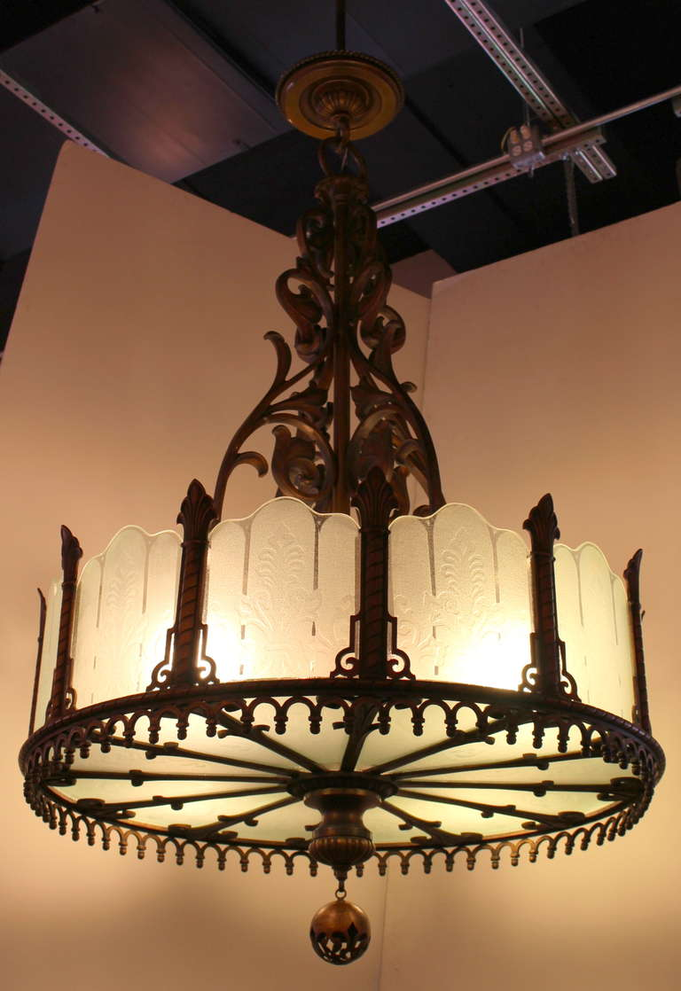American 1920 Heavy Large Art Deco Bronze Chandelier from Texas with Etched Glass For Sale