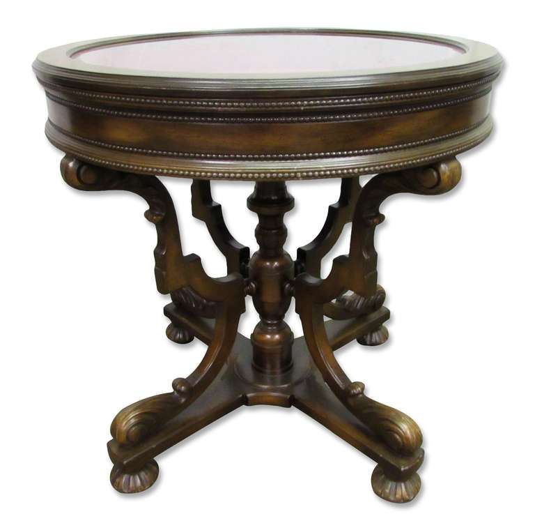 Round victorian vitrine table at 1stdibs for Table vitrine