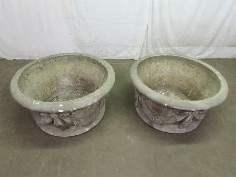 Victorian Large Garden Urns Salvaged from New York City For Sale
