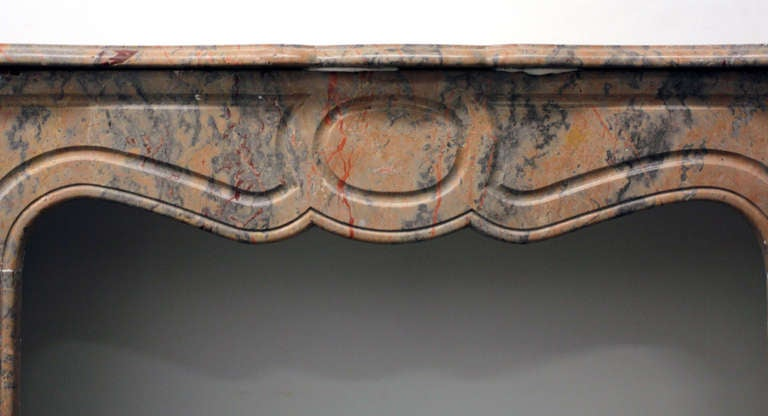 Hand-Carved 1890s Petite French Pink Rouge and Gray Pompadour Marble Mantel For Sale