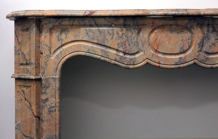 1890s Petite French Pink Rouge and Gray Pompadour Marble Mantel For Sale 1