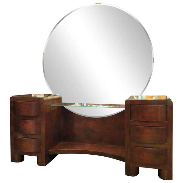 Id F 422425 besides Id F 307870 as well Id F 415632 additionally Id F 915635 as well Id F 780247. on 1930 art deco furniture