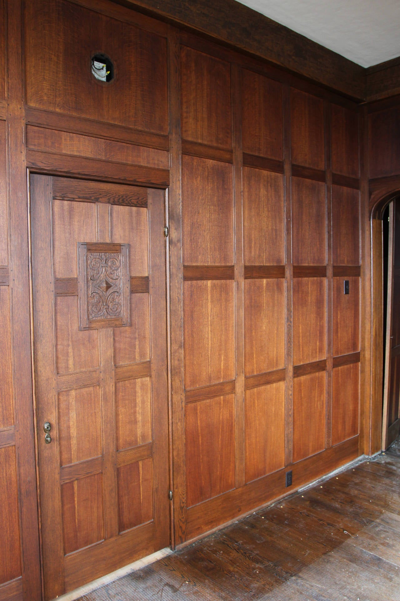 Beautiful Wood Paneled Rooms: 1905 Solid English Oak Paneled Room With Matching Door