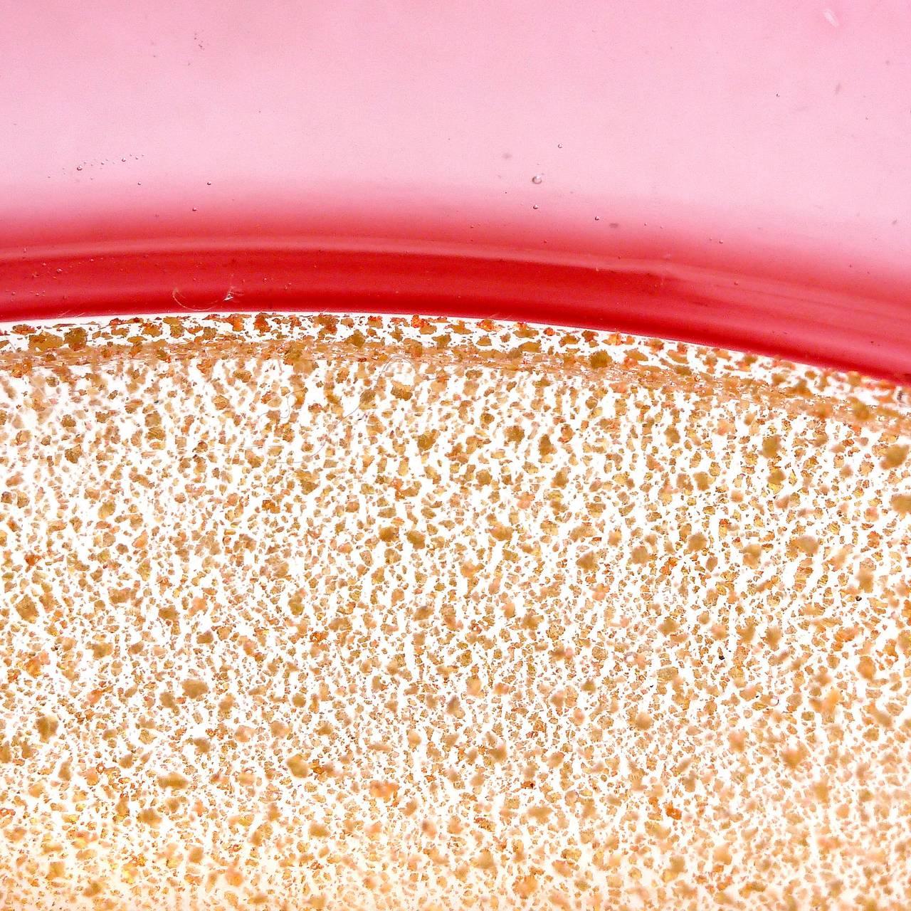 Mid-Century Modern Archimede Seguso Murano Gold Flecks Pink Incalmo Rim Italian Art Glass Bowl For Sale