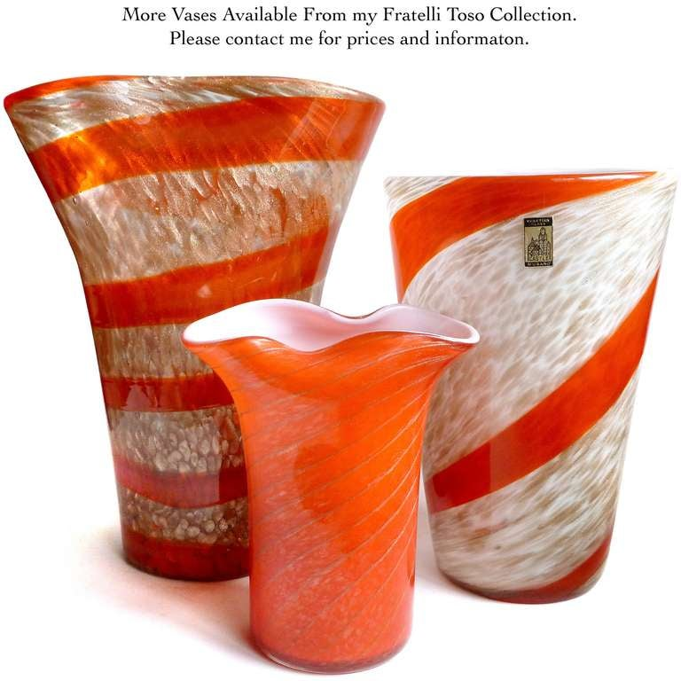 Mid-20th Century Fratelli Toso Murano Red Orange Stripe Aventurine Flecks Italian Art Glass Vase For Sale