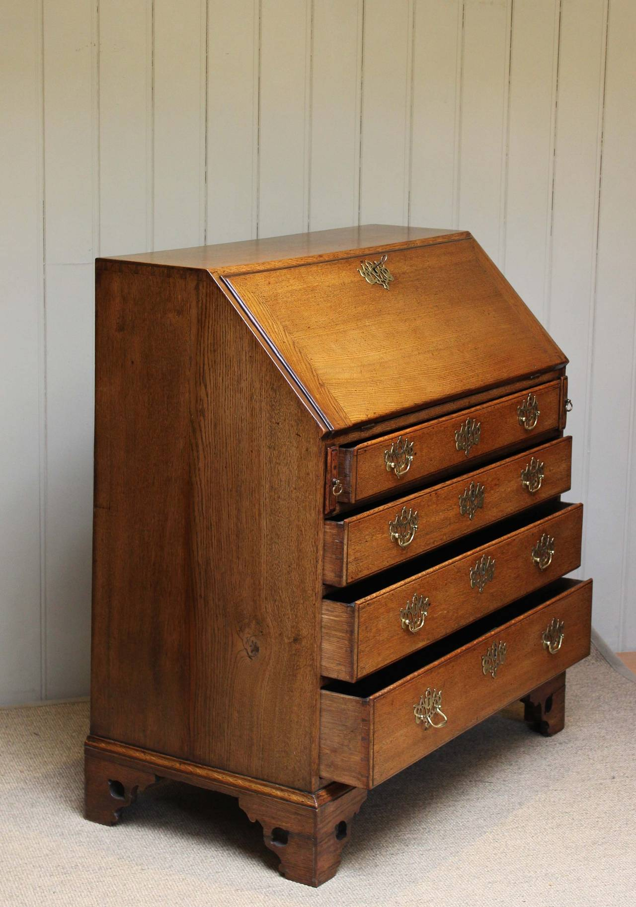 georgian oak bureau at 1stdibs. Black Bedroom Furniture Sets. Home Design Ideas