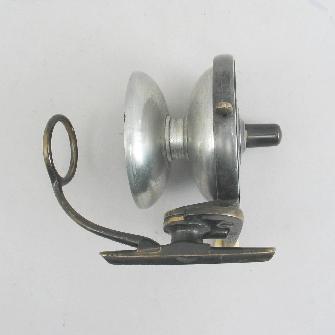 Side casting salmon fishing reel at 1stdibs for Salmon fishing reels