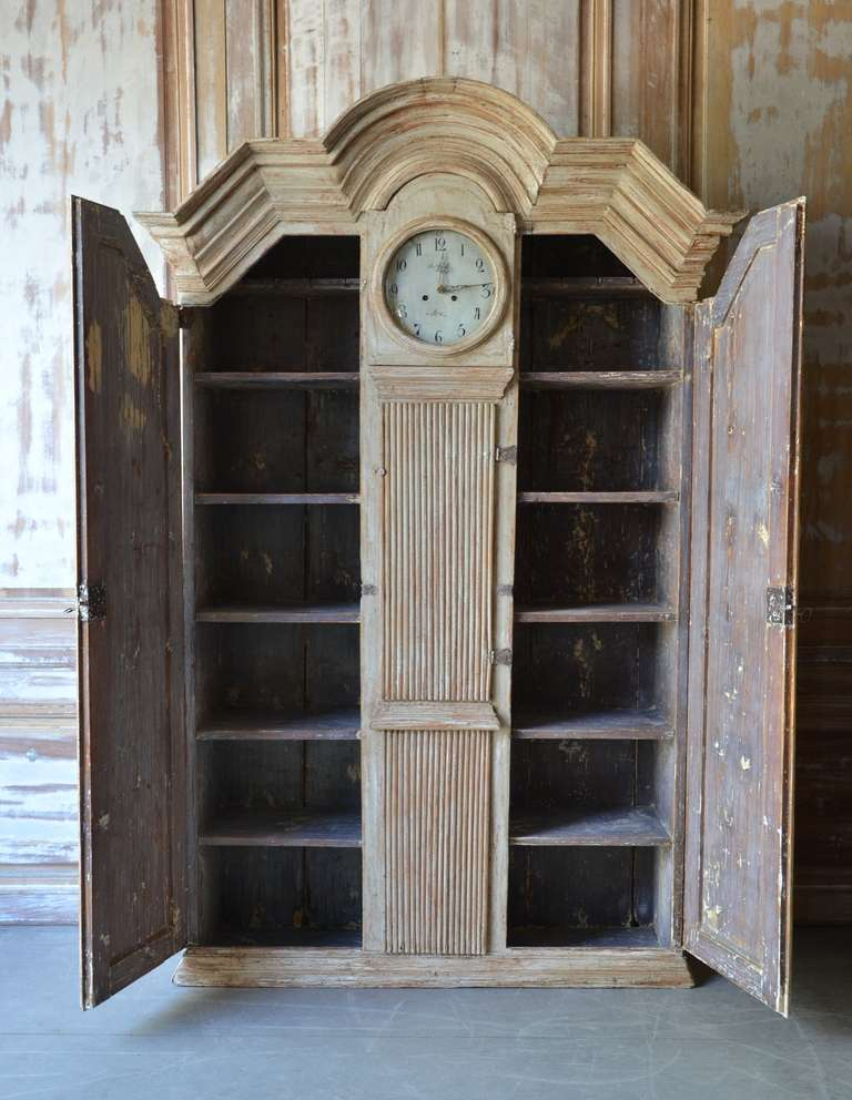 19th Century Gustavian Clock Cabinet In Excellent Condition For Sale In Charleston, SC