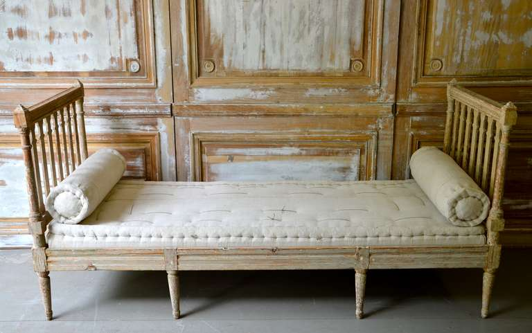 18th century Swedish Gustavian Day Bed. 2