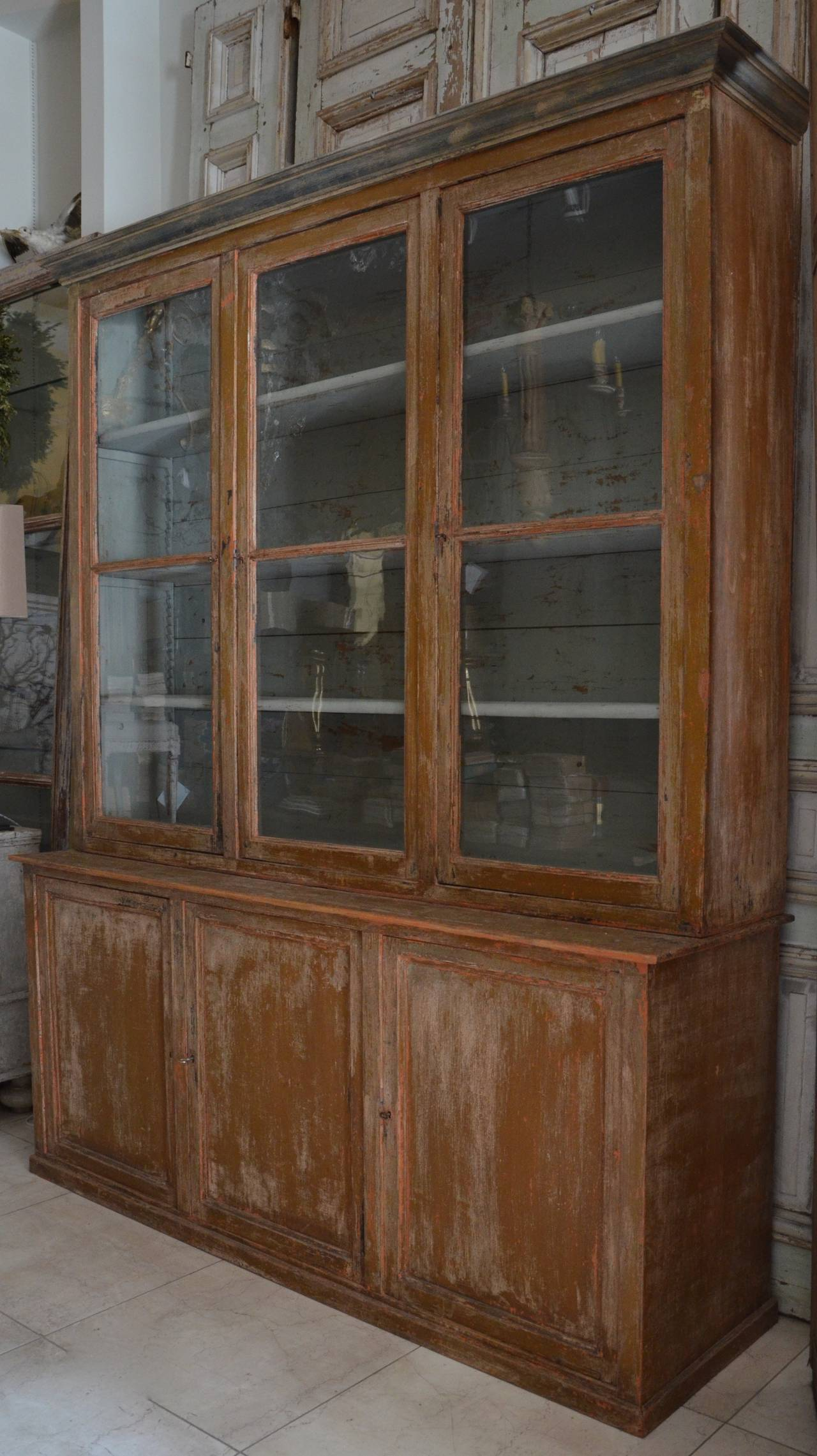 painted french biblioth que in original paint period circa 1880 at 1stdibs. Black Bedroom Furniture Sets. Home Design Ideas