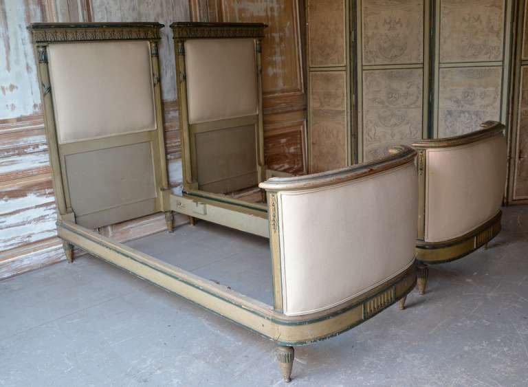 Pair of French 19th Century Beds In Good Condition For Sale In Charleston, SC