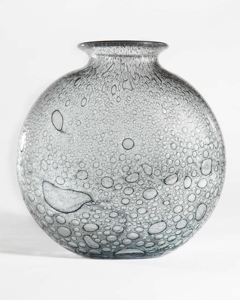 Mid-Century Modern Barovier & Toso Glass Vase For Sale