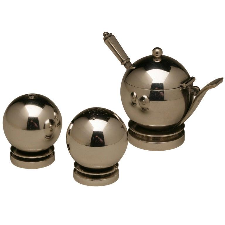 georg jensen pyramid mustard pot and salt and pepper set no 632 at 1stdibs. Black Bedroom Furniture Sets. Home Design Ideas