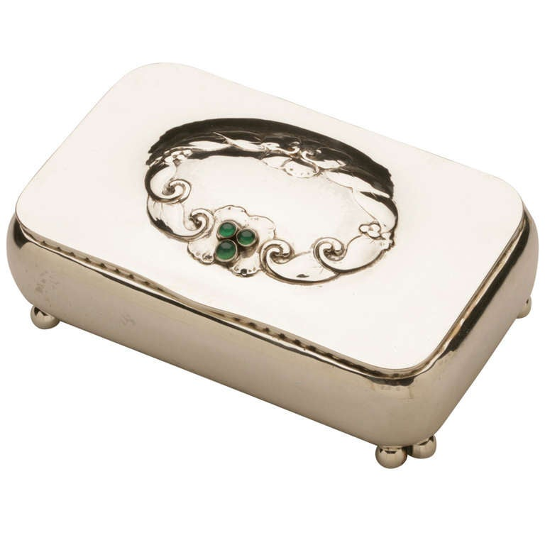 georg jensen rare keepsake box no 83 with chrysoprase stones for sale at 1stdibs. Black Bedroom Furniture Sets. Home Design Ideas