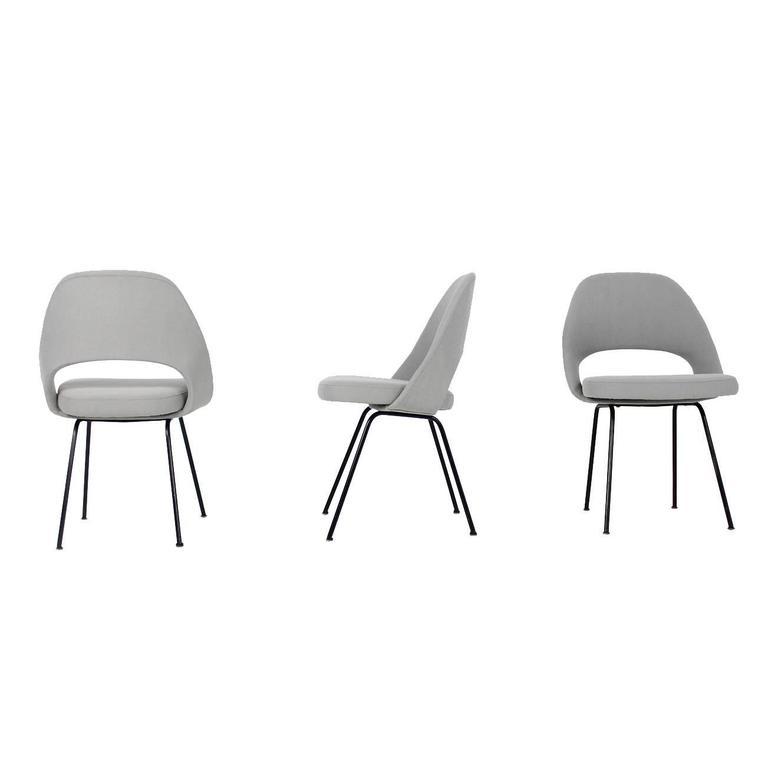 Beautiful Midcentury Eero Saarinen Mod. 71 Executive Chairs, Knoll International