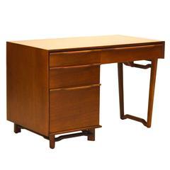 Honduran Mahogany Desk by Hickory Manufacturing