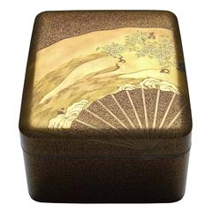 Gold Lacquer Tebako Box with Fan and Chrysanthemum