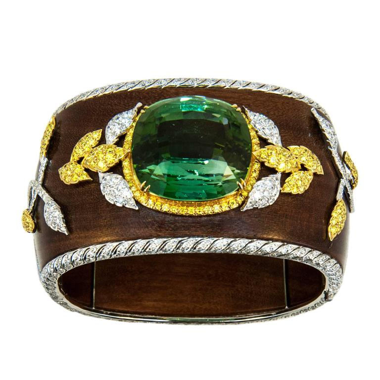 Laura Munder 76.21 Carat Green Tourmaline Wood Diamond Two Color Gold Bracelet  1