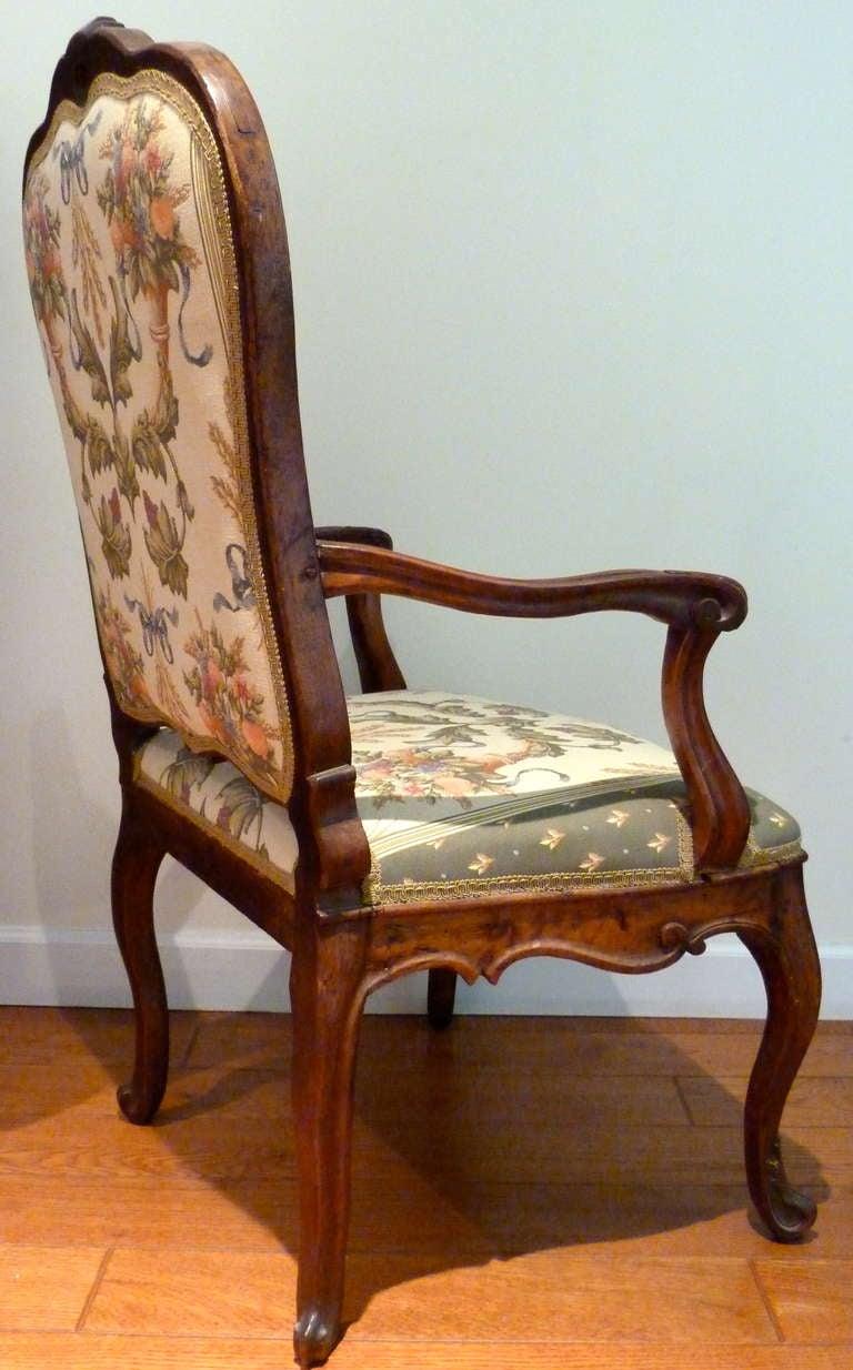 Italian Venetian Armchair, 18th Century For Sale 1
