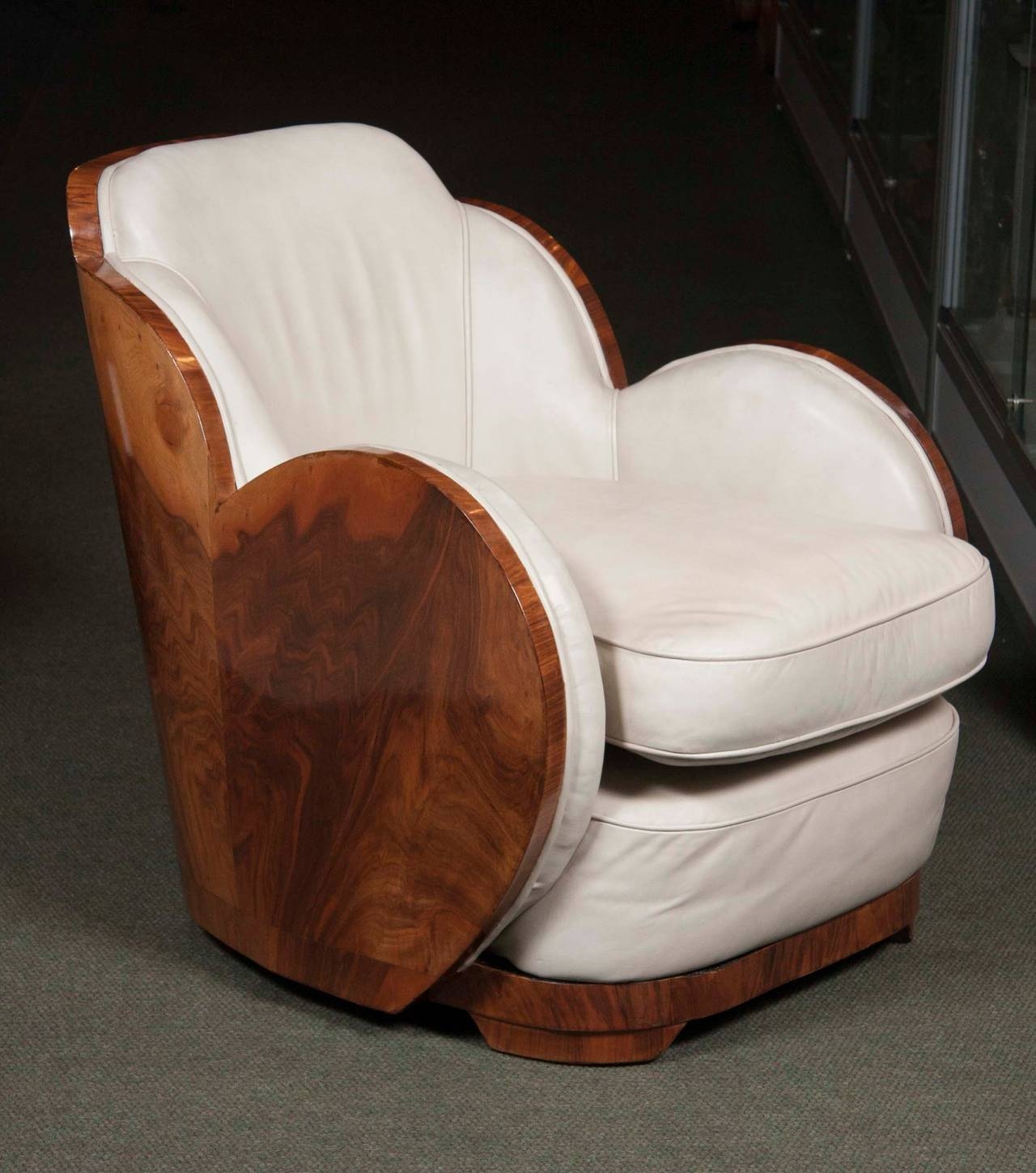 Art deco sofa and armchairs by english epstein co at 1stdibs - Epstein art deco furniture ...