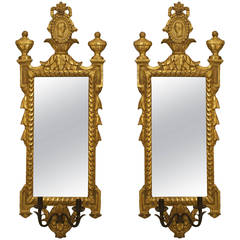 A Nicely Carved Pair of Italian Neo-classic Gilt Wood Vertical Mirrors Sconces